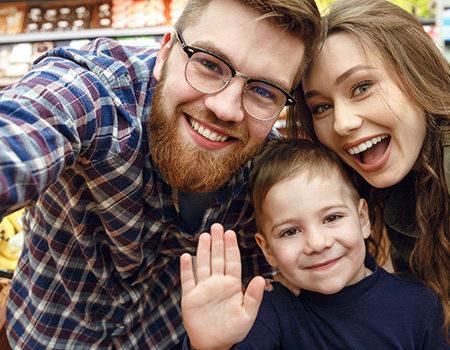 gruppe im supermarkt